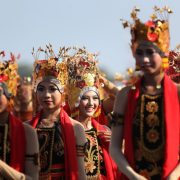 festival indonesia festival danau toba 2017 festival banyuwangi