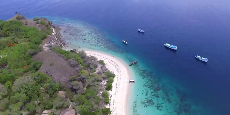 labuan bajo, pulau bidadari