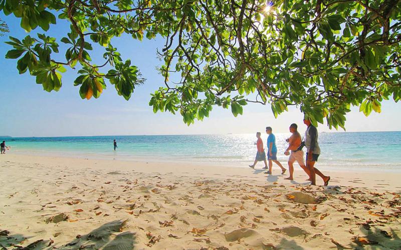 Pantai Ngur Sarnadan