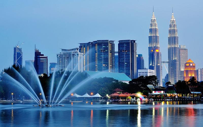 Negara Yang Ramah Muslim Traveler - Malaysia