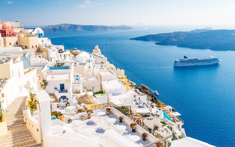 Kota Paling Berwarna di Dunia - Santorini, Yunani