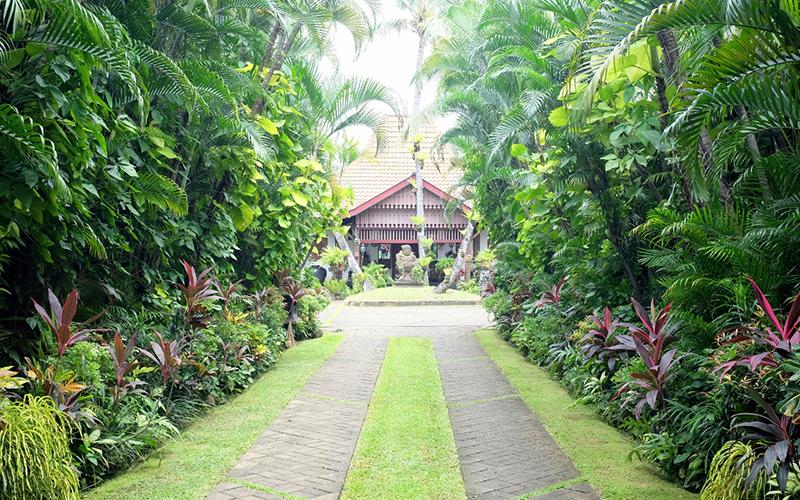 Weekend di Jakarta Juga Bisa Berwisata - Museum di Tengah Kebun